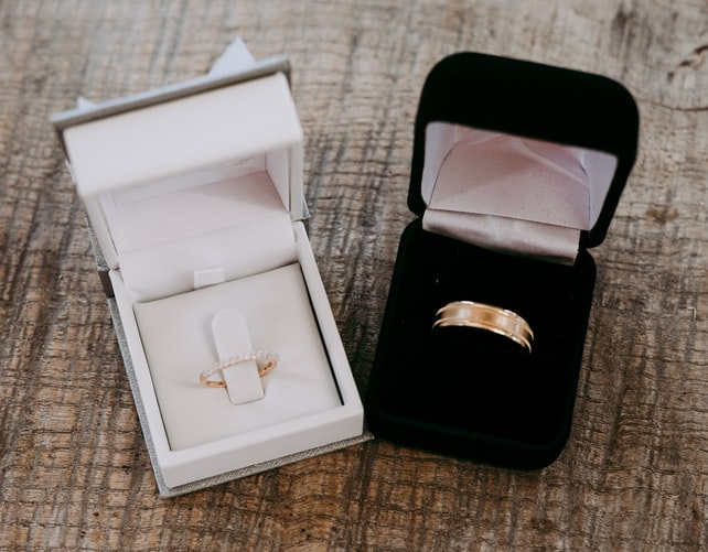 8 Timeless Wedding Rings To Inspire Your Own